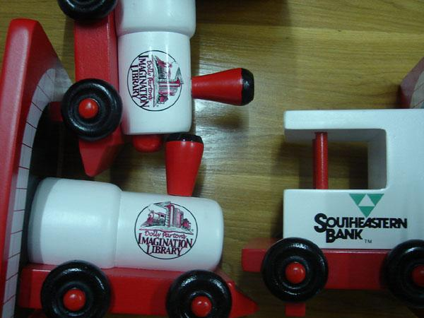 WOODEN TRAIN BOOKENDS 3